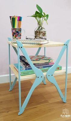 Upcycle wooden hangers into a small storage table. ~ Another moving mass of . - Upcycle wooden hangers into a small storage table. ~ Another mass of the series I made with hangers - Furniture Projects, Furniture Makeover, Diy Projects, Office Furniture, Table Furniture, Repurposed Furniture, Painted Furniture, Diy Furniture Upcycle, Reclaimed Furniture