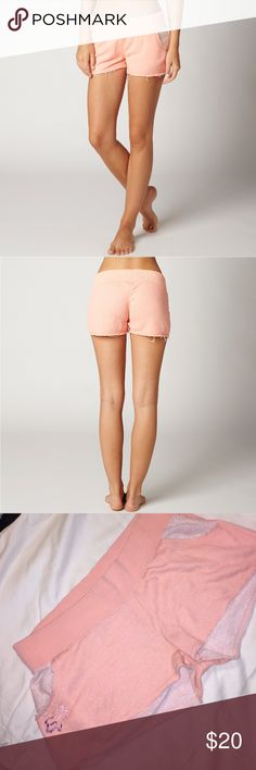 Fox Racing Women's Aimless Short ~ Color: Peach Fox Racing Women's Aimless Short ~ Sunburst/Peach~ XL. These shorts are cute yet very comfortable! Let me know if you have any questions or if you would like to make an offer or add to a bundle! Fox Shorts