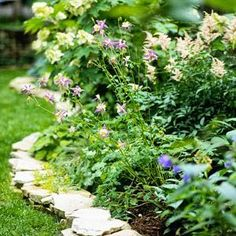 Flagstone edging for the backyard revamp love this...