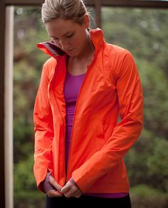 LuluLemon Run: In the Rain Jacket