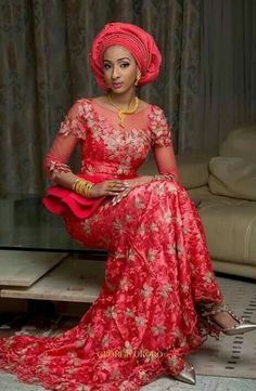 The perfect wedding guest aso ebi styles you're looking for is here. These aso ebi styles are absolutely for you as they're stunning and exotic African Lace Styles, African Dresses For Women, African Attire, African Wear, African Fashion Dresses, African Women, Ghanaian Fashion, Nigerian Fashion, African Clothes