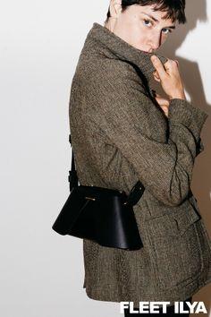 FLEET ILYA BLACK FOLDED TRIANGLE BAG