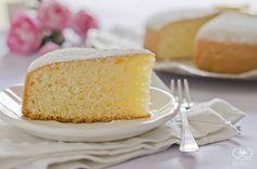 La torta paradiso è un' ottima base per torte farcite oppure per gustarla nella sua semplicità e se è light ancora meglio!