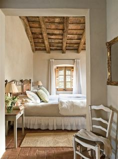 Farmhouse Bedroom Decor Country French Style 34 Ideas For 2019 Dream Bedroom, Home Bedroom, Pretty Bedroom, Bedroom Ceiling, Bedroom Furniture, Bedroom Chandeliers, Shabby Bedroom, Bedroom Retreat, Painted Furniture