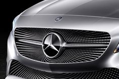Mercedes-Concept-A-Class-exterior-front-grill.jpg (JPEG Image, 1600×1067 pixels) - Scaled (68%)