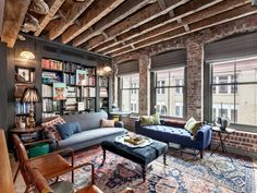 Re-developed NYC Townhouse (1800s). Source provided. [549x412]