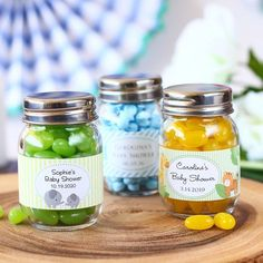 Treat your guests to a new twist on an old favorite! Personalized Glass Mason Jar #personalizedfavors #wedding #favors