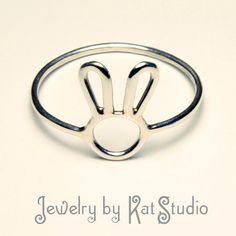 Bunny Ring Handmade Sterling Silver 925 Jewelry by by Katstudio - Silver Jewelry Kids Jewelry, Jewelry Gifts, Jewellery Box, Craft Jewelry, Jewellery Shops, Diamond Jewellery, Glass Jewelry, Crystal Jewelry, Jewelry Stores