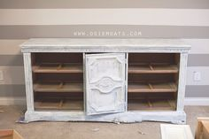 How to paint plastic furniture. #tutorial #diy #osiemoats #diyblog #furniture #beforeandafter     www.osiemoats.com