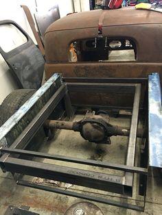 Fitting the bed Jeep Rat Rod, Rat Rod Pickup, Cantilever Suspension, Rat Hod, Rat Rod Build, Custom Metal Fabrication, T Bucket, Metalworking, Cool Trucks
