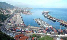 Fedecámaras Vargas: puerto de la Guaira pasó de recibir 2000 buques a 200 en menos de 2 años - http://www.notiexpresscolor.com/2017/09/05/fedecamaras-vargas-puerto-de-la-guaira-paso-de-recibir-2000-buques-a-200-en-menos-de-2-anos/