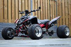 Yamaha Raptor so beautiful Atv Quad, Quad Bike, Yamaha Atv, Buggy, Atv Motocross, Diy Go Kart, Four Wheelers, Mini Bike, Dirtbikes