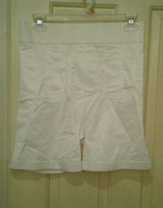 34.58$  Buy here - http://vivny.justgood.pw/vig/item.php?t=8rp4k3453638 - Vintage High Waist Shorts Style Girdle Off White RN 34240 Size 5X - 40 Made USA 34.58$