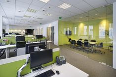 CBRE Office by CBRE Architecture - Office Snapshots