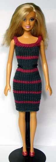 Dress (could try crochet) Barbie Knitting Patterns, Knitting Dolls Clothes, Crochet Barbie Clothes, Barbie Patterns, Knitted Dolls, Doll Clothes Patterns, Clothing Patterns, Knit Fashion, Fashion Dolls