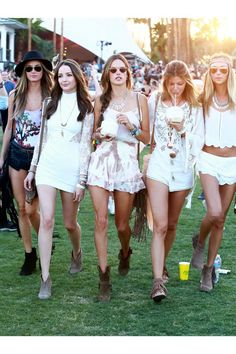 Our favorite celebrity outfits spotted at Coachella