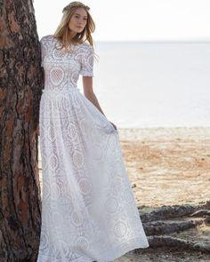 Costarellos Fall 2016 Wedding Dress Collection | Martha Stewart Weddings