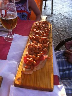 Dieses Riesenbruschetta gab es im Italienurlaub bei Petzi.