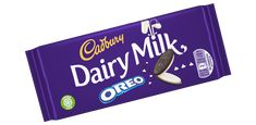 Deliciously creamy Cadbury Dairy Milk milk chocolate, packed with soft vanilla flavour filling and crunchy Oreo pieces - snap off a bite of biscuity bliss! Chocolate Candy Brands, Dairy Milk Chocolate, Cadbury Dairy Milk, Cadbury Chocolate, Oreo Flavors, Chips Ahoy, Chocolate Delight, Vanilla Flavoring, Snacks