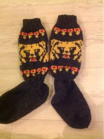 Flowsade: Kaljakarhu-sukat Wool Socks, Knitting, Handicraft Ideas, Fashion, Moda, Tricot, Fashion Styles, Woolen Socks, Cast On Knitting