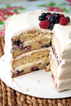 Mixed Berry Yogurt Cake
