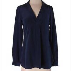 Lilly Pullitzer Silk Long Sleeved Top This is an elegant, navy, 100% silk top. It is beautifully pleated and has two pockets on front. If you would like additional pictures please don't hesitate to ask. Lilly Pulitzer Tops Blouses