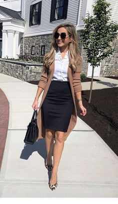 80 Trendy Work Attire & Office Outfits For Business Women Classy Workwear for Professional Look - Lifestyle State Stylish Work Outfits, Summer Work Outfits, Work Casual, Classy Outfits, Stylish Outfits, Classy Casual, Cute Professional Outfits, Young Professional, Classy Business Outfits