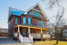 Solares Green Architects Toronto are committed to designing high efficient energy saving homes that are also cost effective. Grid Architecture, Amazing Architecture, Toronto Houses, Passive Solar Homes, Green House Design, Custom Home Designs, Custom Homes, Solar House, Energy Efficient Homes