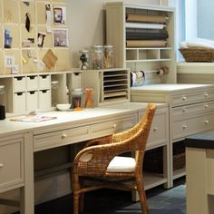 Martha Stewart Craft Room - oh the fun I would have!!!