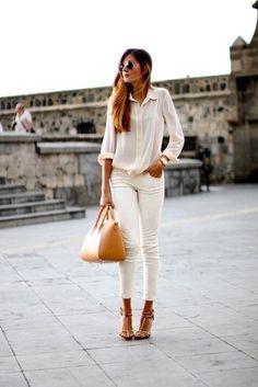Camisa branca + calça branca sem ficar com cara de profissional da saúde