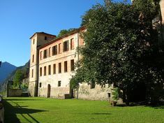 Castello Vallaise Arnad,Valle D'Aosta Castle Vallaise - Arnad - Valle d'Aosta