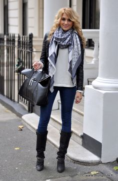 Scarf, skinny jeans, boots.