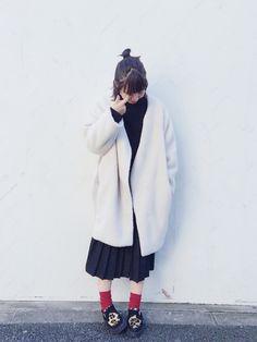 KBFのスカートを使ったmarinさんのコーディネートです。│コート: KBFニット:GUスカート...