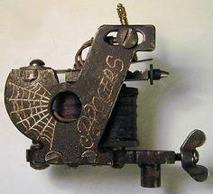 The Black Widow tattoo machine