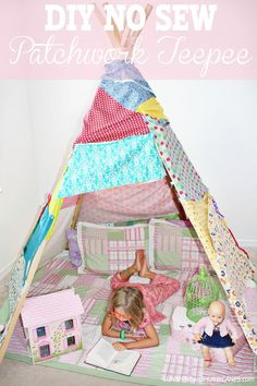 What could be more fun for your child then their very own teepee? A great way to pass the time during cold winter months or rainy summer days. Even better, it's so easy to build you won't believe it. No expertise in DIY needed. No Sew Patchwork Teepee DIY. SunshineandHurricanes.com