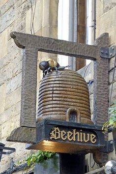 Beehive Inn in the Grassmarket, Edinburgh, Scotland. Muebles Estilo Art Nouveau, I Love Bees, Bee Skep, Morris, Pub Signs, Bee Art, Bee Happy, Save The Bees, Busy Bee