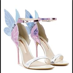 Fancy Shoes, Pretty Shoes, Beautiful Shoes, Cute Shoes, Butterfly Heels, Butterfly Wings, Shoe Makeover, Sophia Webster Shoes, High Heels