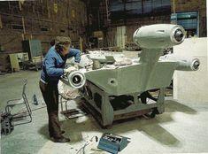 """Landspeeder construction / """"Star Wars"""" behind the scenes"""