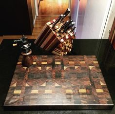 #Peppermill to go with our #cuttingboard End Grain Cutting Board, Custom Cutting Boards, Woodworking, Gift, Carpentry, Woodwork, Gifts, Favors, Wood