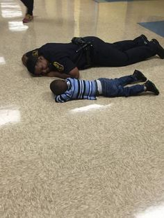FWPD Ofc gives sympathy to little boy who had rough day at school.
