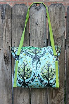 Sew Sweetness: Tutorial: The Sawyer Bag - This fabric is from Tula Pink's Birds&Bees - lots of detail in the design here's the link to both colorways https://www.etsy.com/shop/Laminates/search?search_query=life