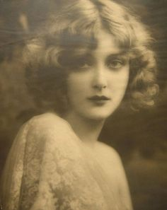 Mary Nolan, modern looking beauty from the 1920's