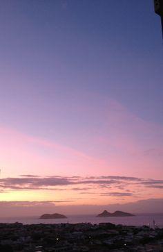 E agora o dia prometendo...Nascer do sol de minha varanda....Que bênção!