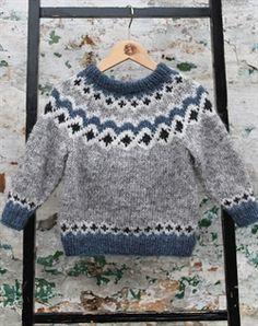 Kambur børne sweater strikkekit - All Hair Styles Baby Sweater Knitting Pattern, Fair Isle Knitting Patterns, Knit Baby Sweaters, Knitting Designs, Knit Patterns, Knitting For Kids, Easy Knitting, Pull Jacquard, Baby Boy Cardigan