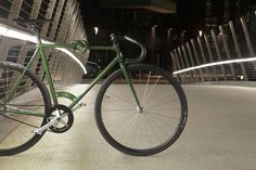 """The curious """"bici col nodo"""" or """"bike with the knot"""" is an imaginative line of Italian bike designs with get this knotted frames."""