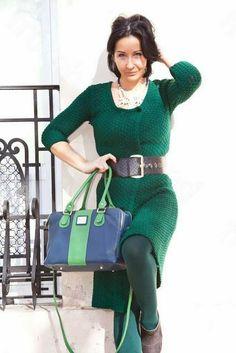 Elisa, del blog 'From hand 2 hand', se suma a espectacular mezcla de verde y azul con nuestro modelo Greta.