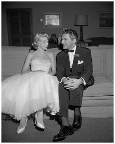 Rosemary Clooney and pianist Liberace at a party at the Hillcrest Country Club after a Hollywood Bowl concert 1956 May 8