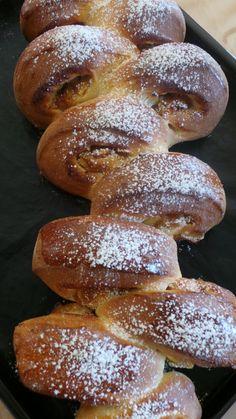 Pull Apart Bread Roll pommes-cannelle pour le défi boulange