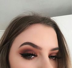 Image about beauty in Eyes by Ariadna Ortiz on We Heart It - Beauty ~ Make up Inspiration - Makeup Eye Looks, Cute Makeup, Gorgeous Makeup, Skin Makeup, Eyeshadow Makeup, Beauty Makeup, Eyebrow Makeup, Eyeshadows, Makeup Trends