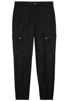 Drykorn Damen Cargohose Freight Schwarz | SAILERstyle Parachute Pants, Bermuda Shorts, Bikini, Fashion, Hot Pink Fashion, Black, Bra Tops, Bikini Swimsuit, Moda